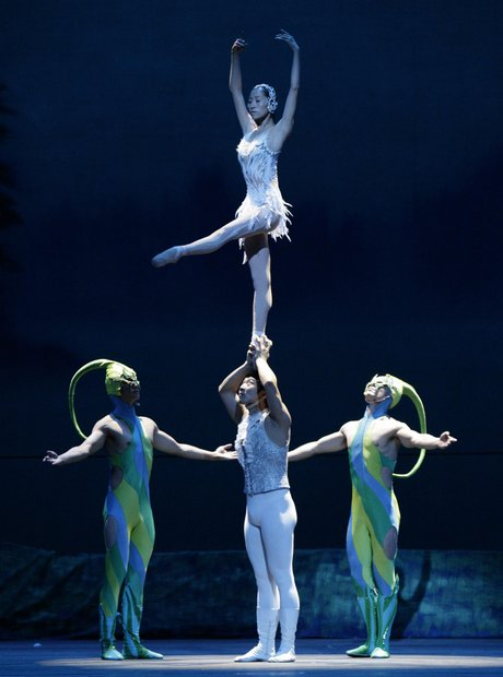 guangdong-acrobatic-trope-of-china-perform-swan-lake--1343919678-view-1